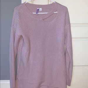 Four boutique sweater with cut out in the front